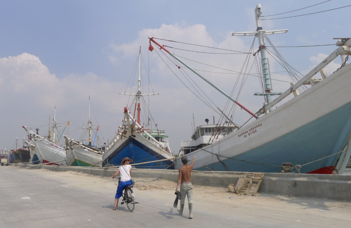 Jakarta Cycling Tour Travel Indonesia
